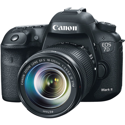 دوربین Canon EOS 7D Mark II   Lens 18-135mm f/3.5-5.6 STM